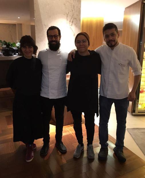 Casal Maria Gadú e Lua Leça prestigia restaurante Nômade em noite especial