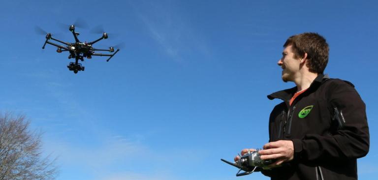 Pilotar drones, a partir de agora, exigirá mais de 15 exames médicos