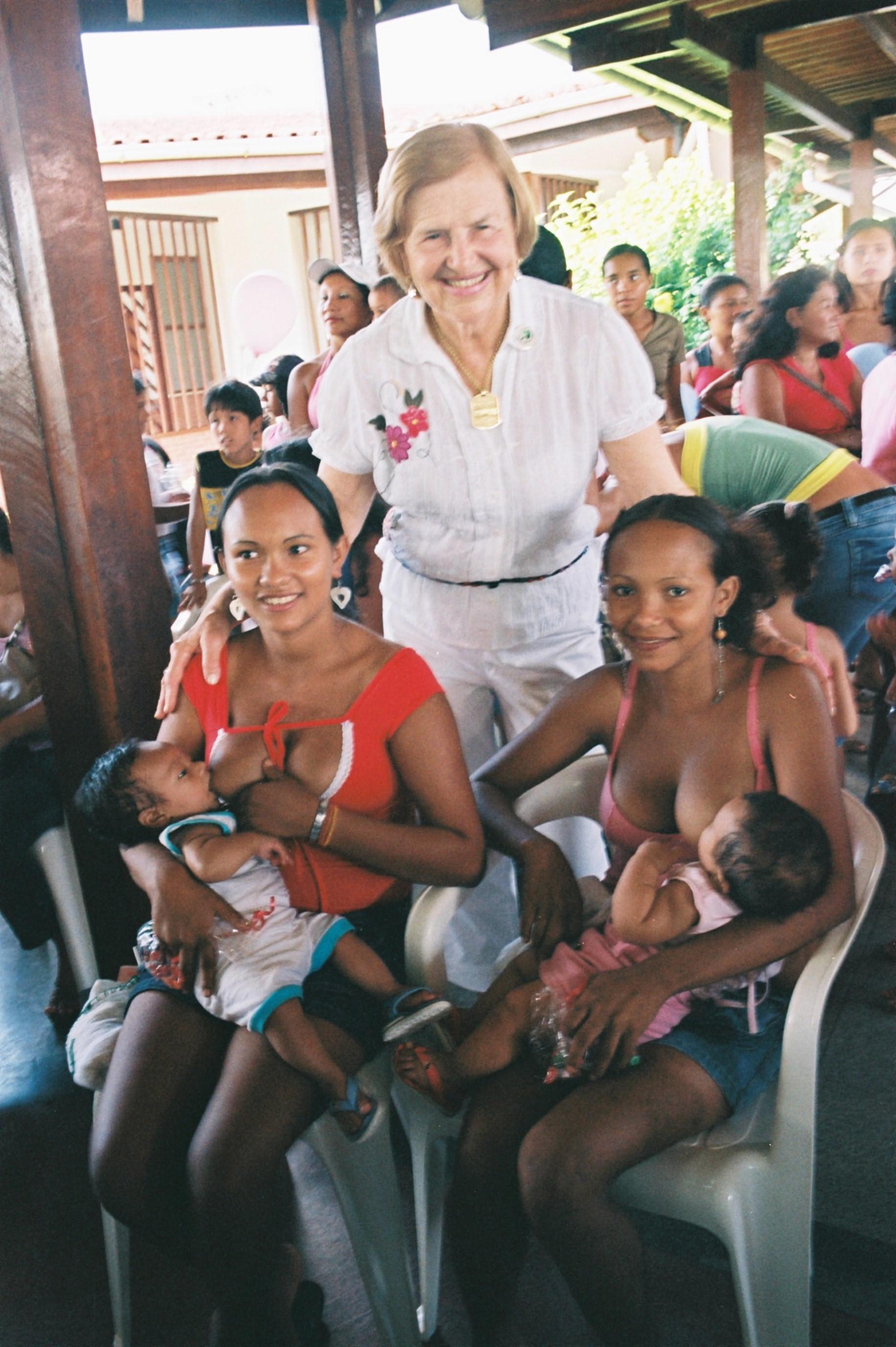 Pastoral da Criança realiza missa em Ação de Graças pelos 83 anos da Dra. Zilda Arns