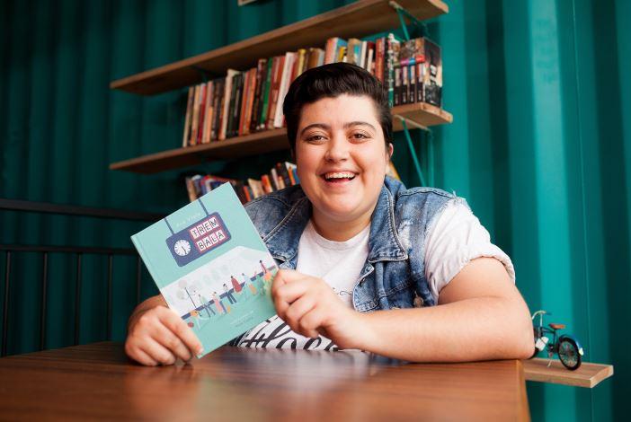 """Música """"Trem Bala"""" vira livro com lançamento em Curitiba"""