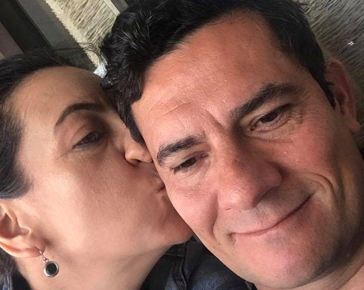 Declaração de amor de mulher de Moro agita redes sociais