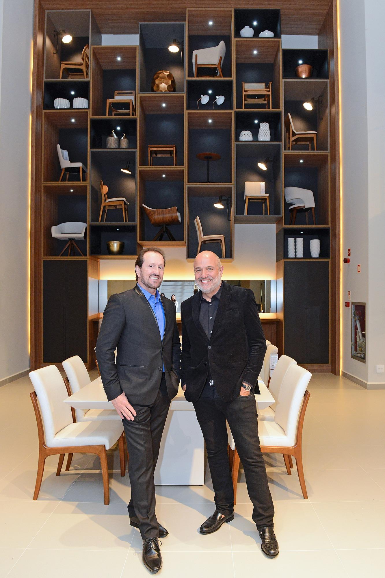 Móveis Campo Largo inaugura nova loja e nova marca