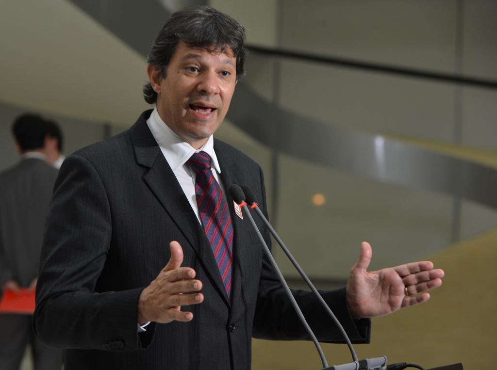 Na ânsia de criticar Temer, Fernando Haddad perde a chance de ficar calado em comissão do Senado