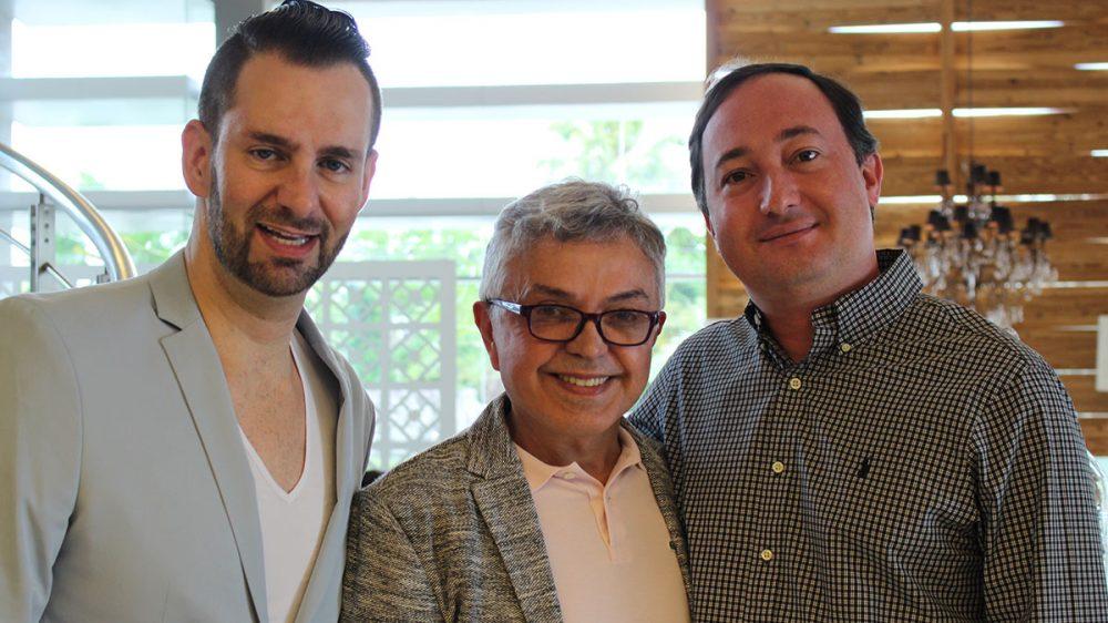 Daniel Casagrande comemora aniversário com brunch na Sierra Móveis