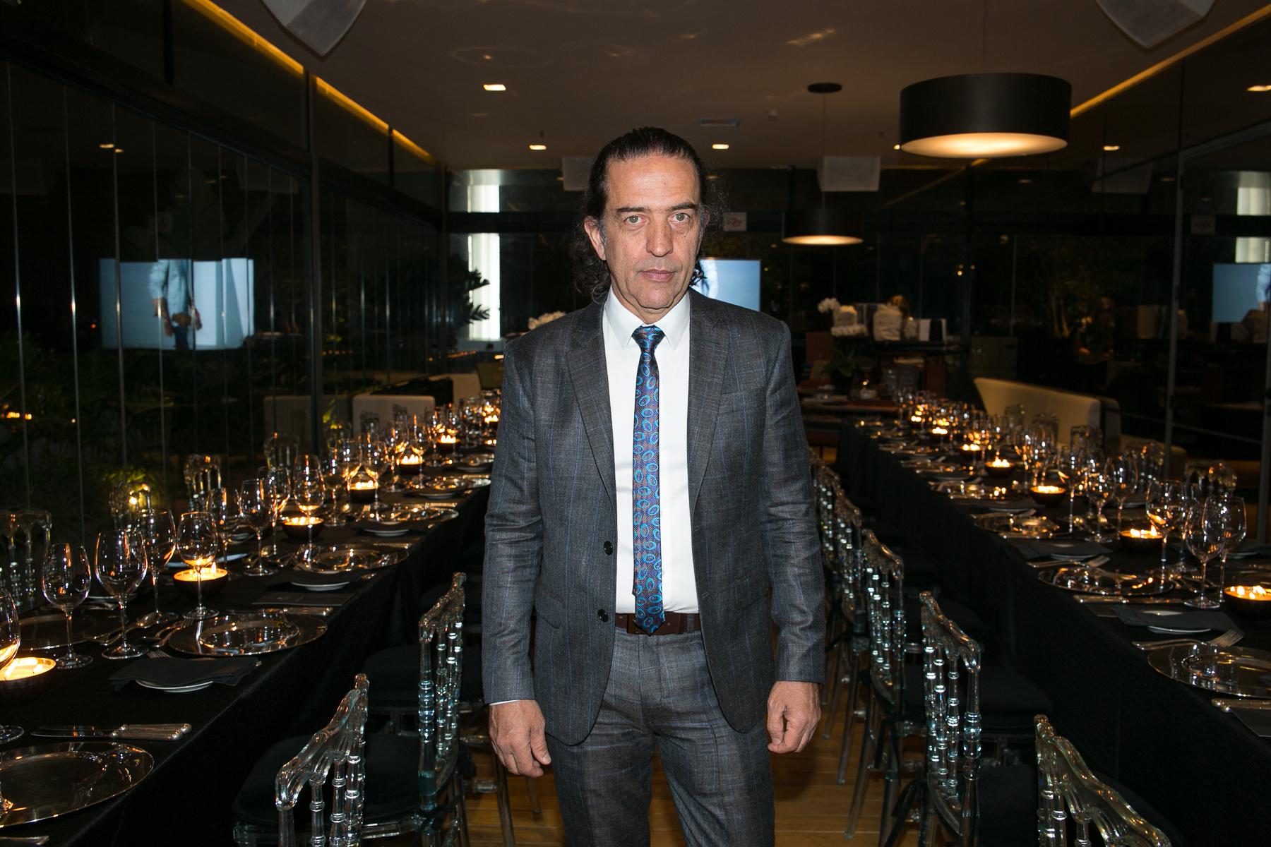 Ricardo Almeida traz sua moda sob medida para Curitiba