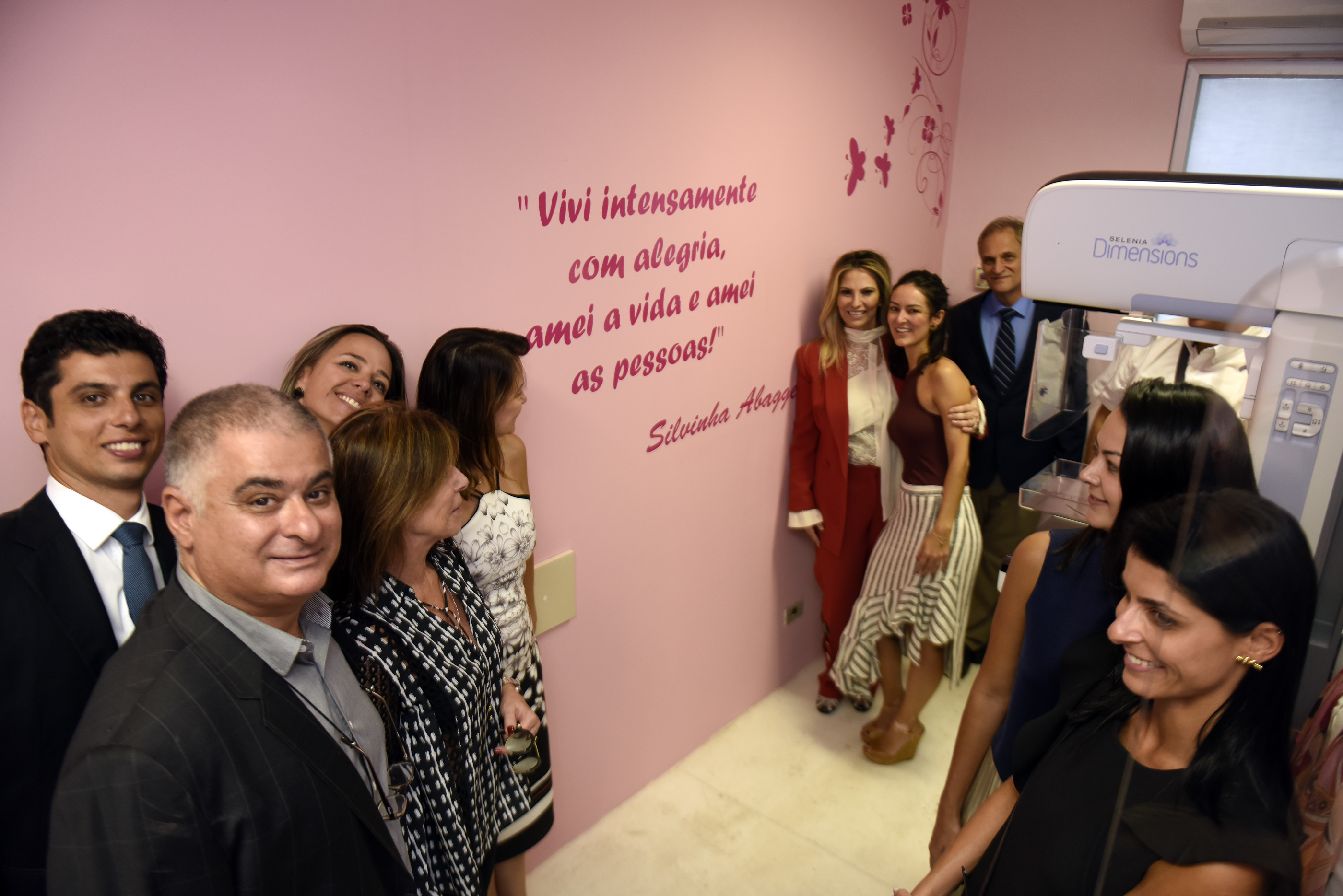 HC ganha mamógrafo digital