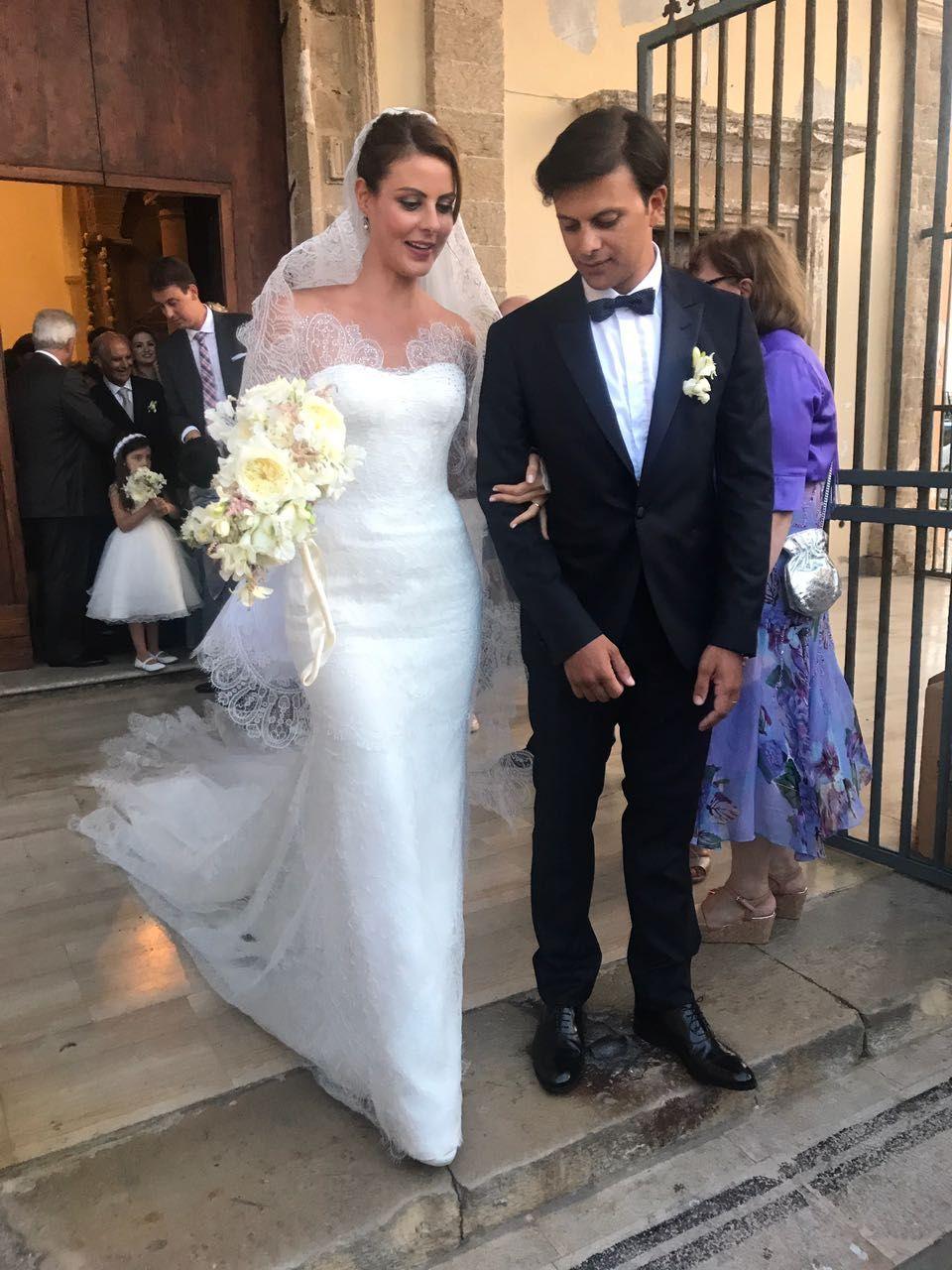 Casamento de deputada paranaense movimenta castelo na Itália nesta sexta-feira. Assista