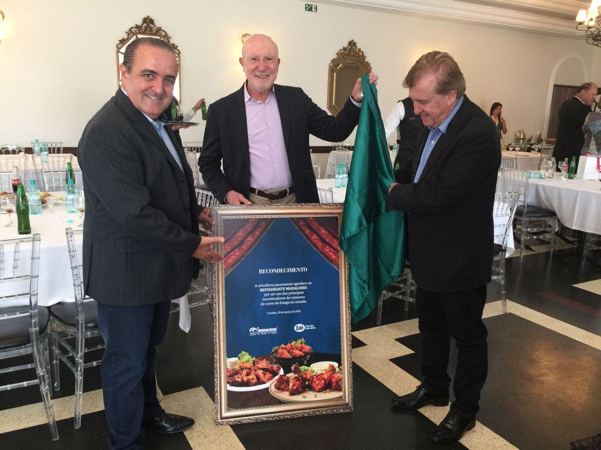 Frango rende homenagem ao restaurante Madalosso