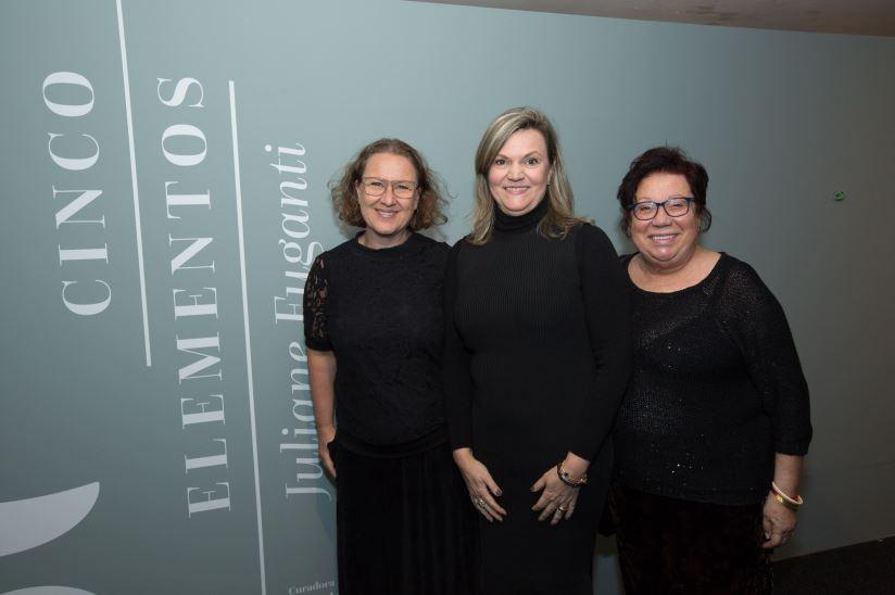 Juliane Fuganti inaugura exposição individual no MON