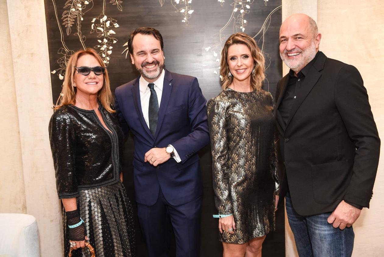 Com convidados de Curitiba, Tiffany inaugura nova loja em São Paulo, com festa exclusiva no Shopping JK