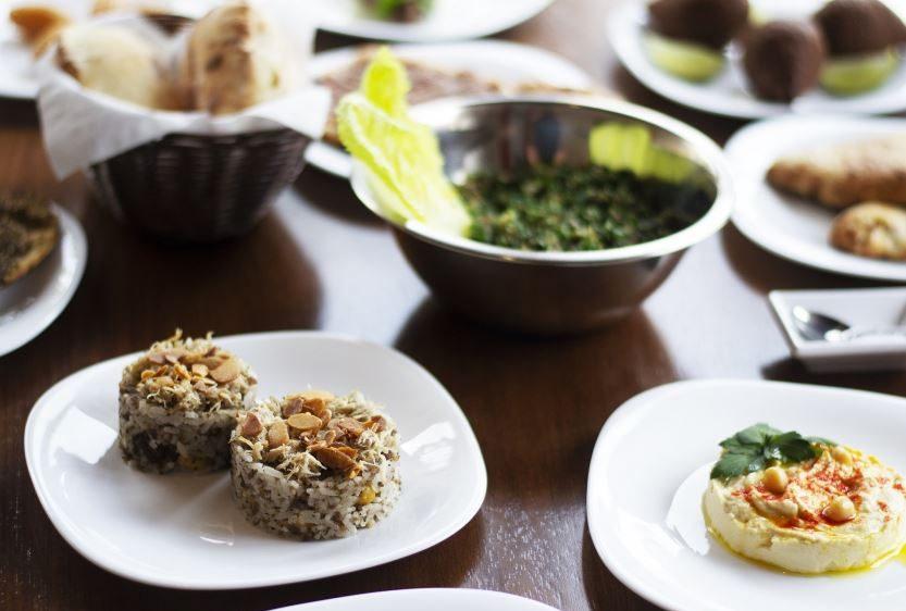Curitiba ganha restaurante libanês autêntico