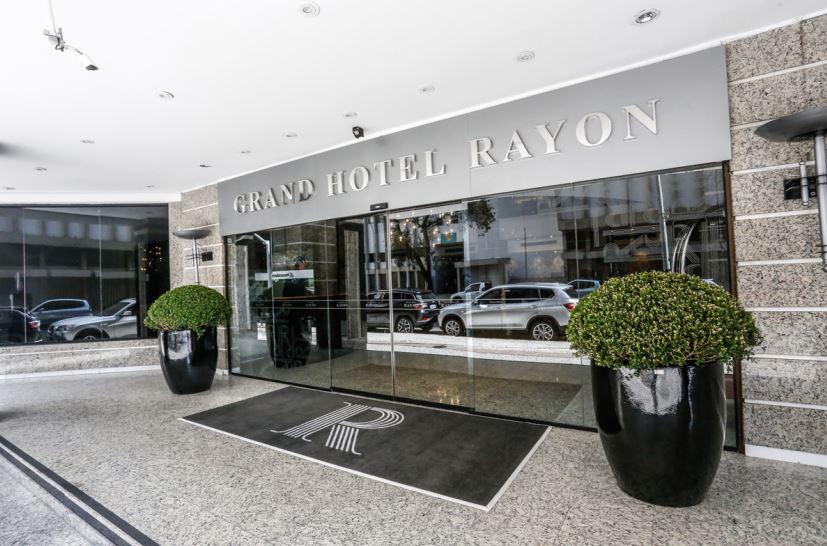 Ex-rei da noite curitibana assume boate do Hotel Rayon