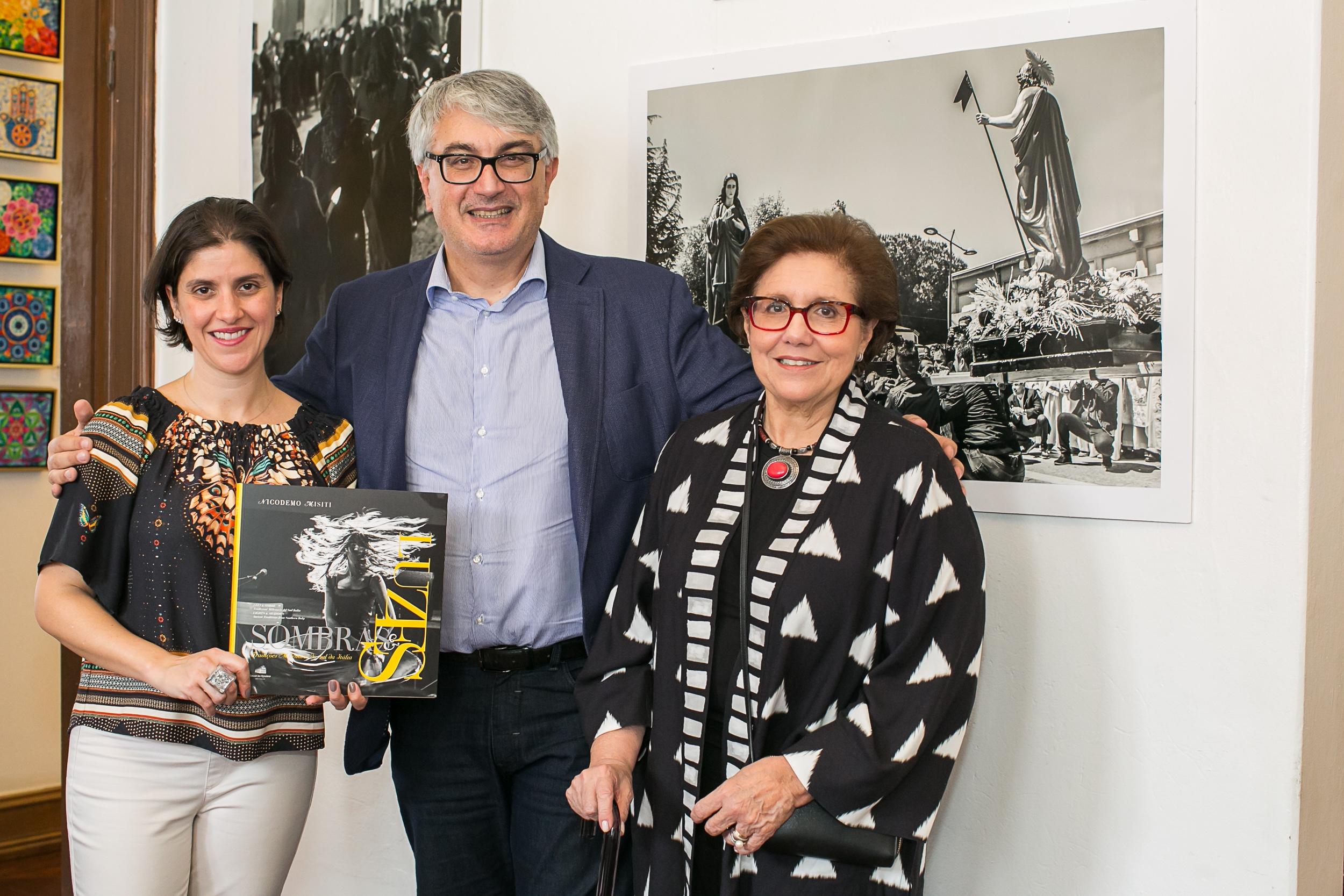 Lançamento de obra e abertura de exposição de fotógrafo italiano movimentam o Solar do Rosário