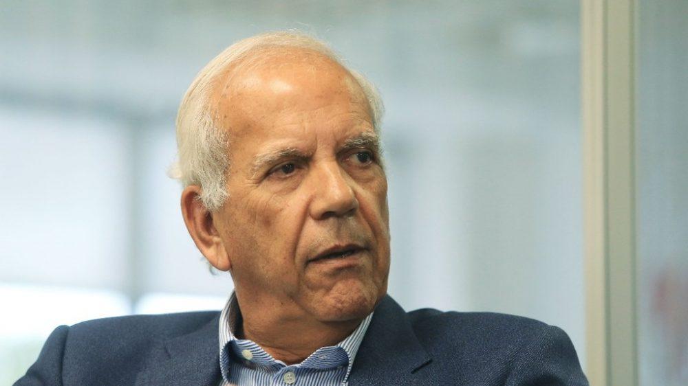 Oriovisto Guimarães critica ajuda de custo para senadores e diz que recusará a verba