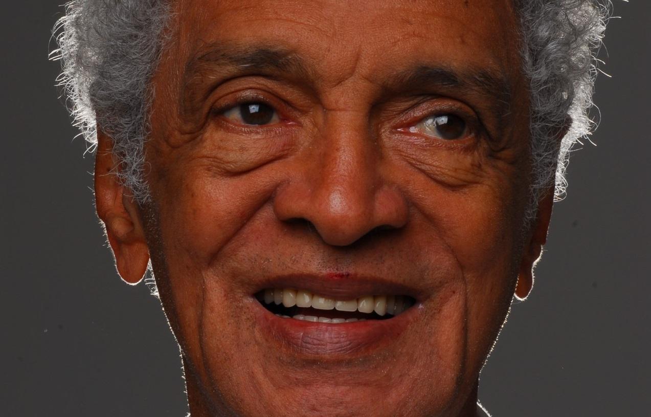 As histórias do maestro paranaense Waltel Branco, que colocou Djavan no horário nobre da Globo