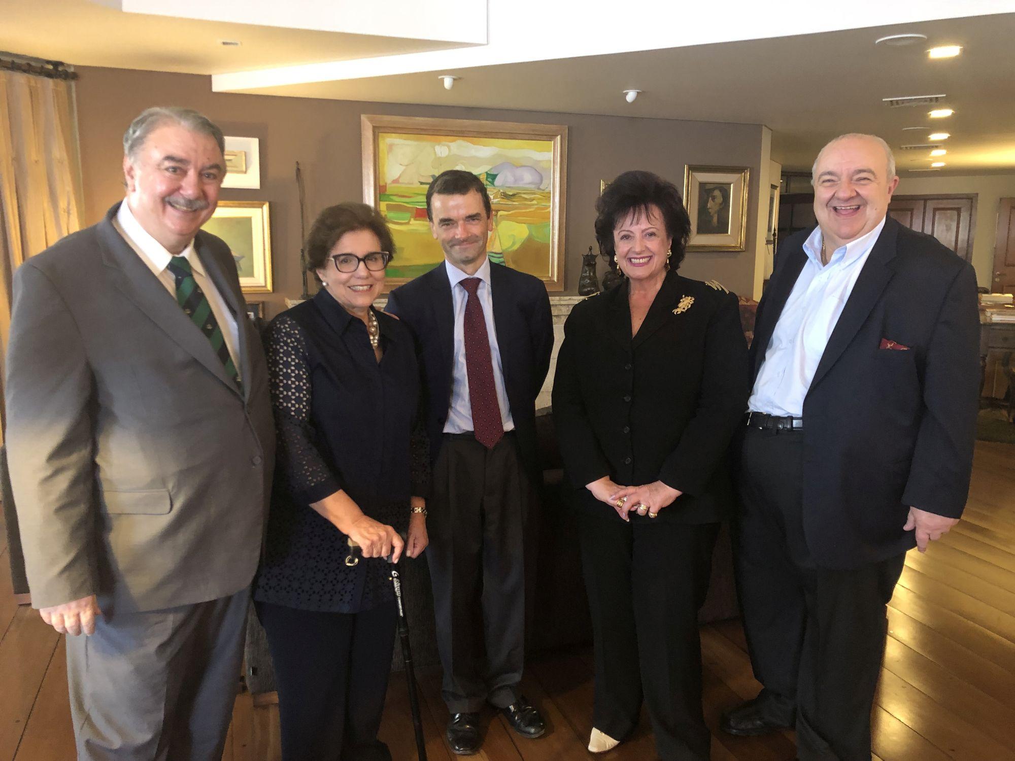 Embaixador da Bélgica prestigia homenagem a João Casillo em Curitiba