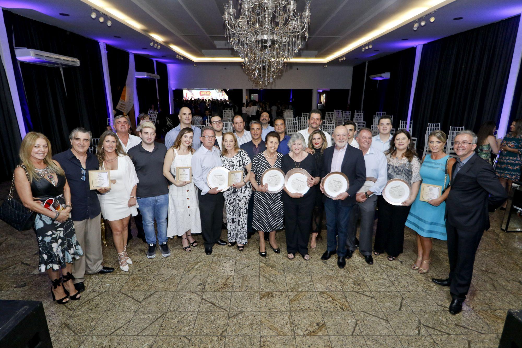 Família Madalosso é a grande homenageada de prêmio de gastronomia da Abrasel-PR